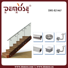 side monte escalier balustrade en verre trempé