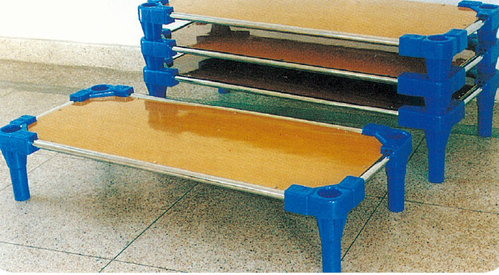 Guangzhou cheap pine wood toddler bed children plastic for Panel beds for sale
