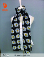 Ladies lovely daisy printed polyester fabric 100%Polyester scarf