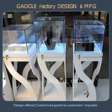 Jewelry shop window display retail for jewelry display