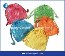 Pedido del oem cordón pequeña malla de red de bolsas con diferentes coors light