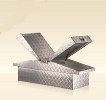 Aluminum alloy checkered plate truck/trailer tool box