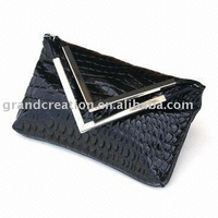 Fashion Durable Stripe Black PU Evening/Shoulder Bag
