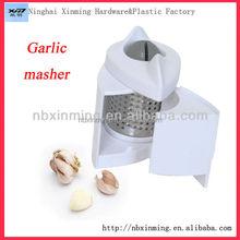 Buena calidad de plástico machacador de ajo
