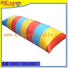 Long water bag for jumping inflatable water games