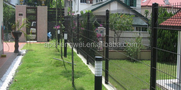 decorative wire garden fence 1