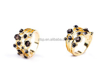 Fashion Gold Plated Crystal Dot Ladies Ring for Gifts