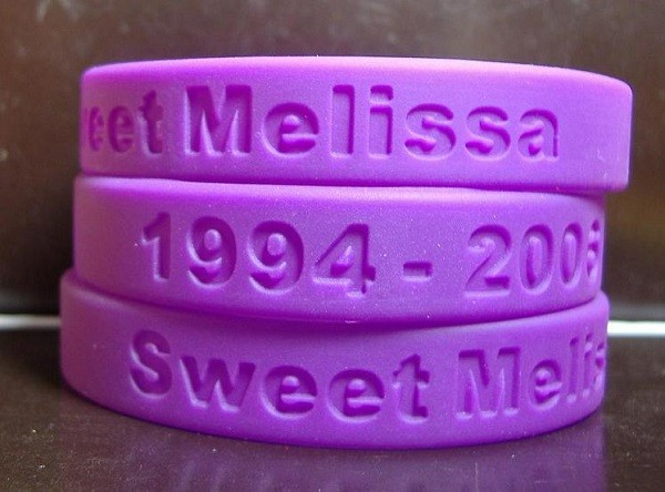 debossed silicone wristbands  (15).jpg