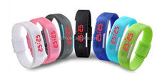 2015 hole sale silicone rubber led sport wrist watch