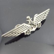 silver wing metal badge / OEM promotional custom metal lapel pin