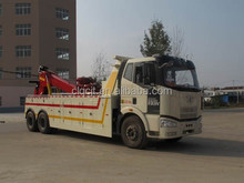 CLW heavy duty Wrecker truck , road wrecker truck , 35 tons towing truck with crane