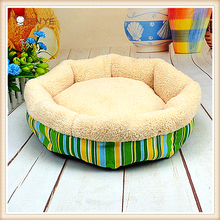 Hot Selling Comfortable Plush Pet Bed Fashion Dog Bed Breathable Cat Bed