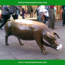 Customed modern garden sculpture bronze pig christmas ornaments