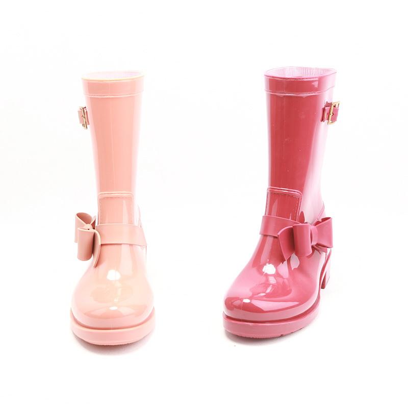 Резиновые сапоги от завода резиновой обуви