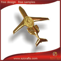 Special design custom cutout 3d gold plated airplane model craft lapel pins, airplane collar pin