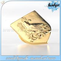 2014 Promotional and cheap item brass embross badge,gold emblem,metal car badges emblems