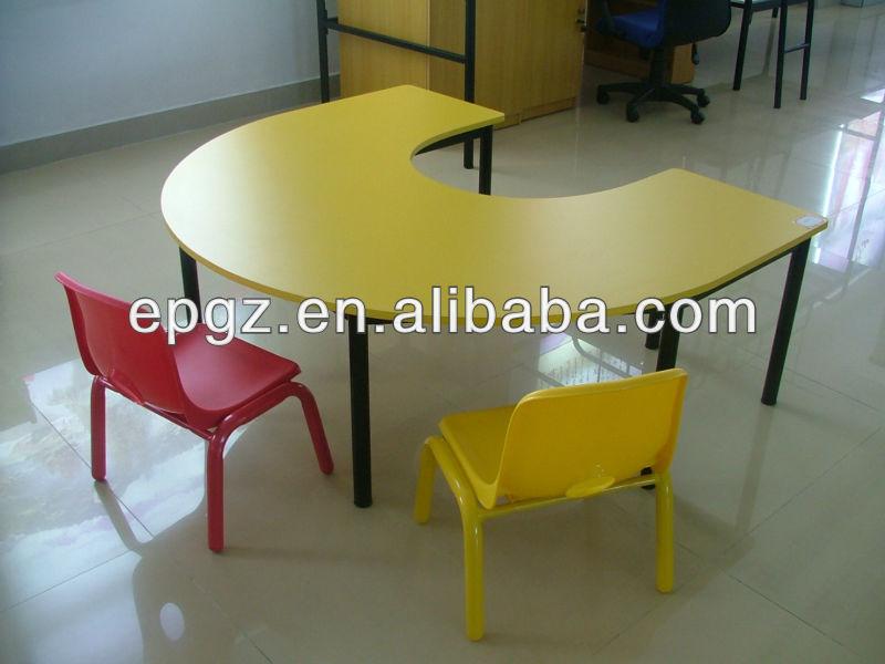 U forma de colores para ni os de mesa y sillas para - Mesas de colores para ninos ...