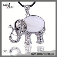 FACTORY DIRECTLY!! trendy style necklace clip pendant in many style