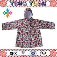 100% PU Kids Cute Cheap Waterproof Rain Jacket with Printing