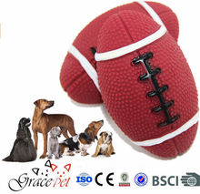 [Grace Pet] Wholesale Outdoor Dog Toys Soccer Shaped Squaker Dog Toy Balls