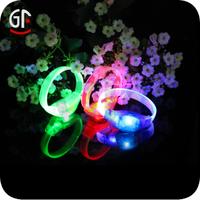 China Wholesale Popular New Year Gifts Blinking Bracelet