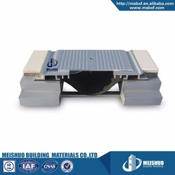 Centering bar system floor beveled cement metallic expansion joints