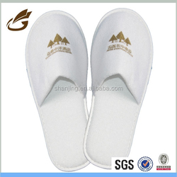 wholesale old fashioned design slippers can custom logo hotel slippers