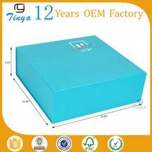 folding packaging blue sky paper box