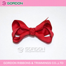 Red ribbon Classic Hair Bow, 2-1/2 Inch Baby Hair Bows on Pinch Clip