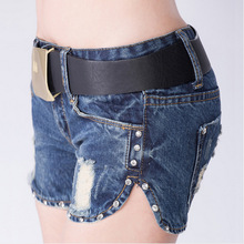 New spring summer influx of women denim shorts were thin low-cut diamond fashion belt delivery