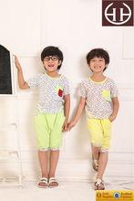 Fábrica venta al por mayor servicio del OEM embroma la ropa 2015 made in china