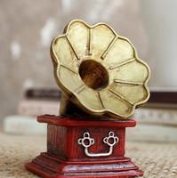 Polyresin retro antique mini gramophone