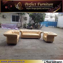 stile italiano mobili classici di lusso divano pfs1518 Golden