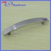 Top sale zinc alloy coloured furniture handles cabinet handle , kitchen cabinet handles