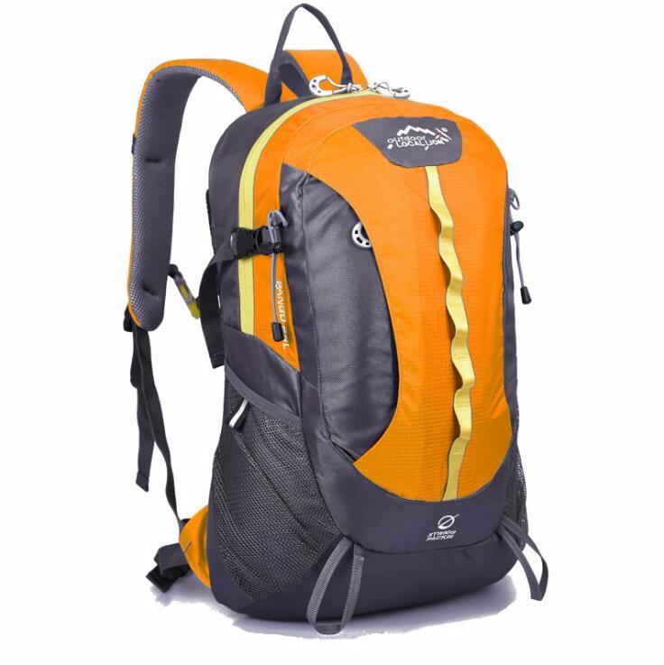 sports travelling backpack bag  (4).jpg