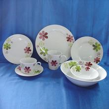 Latest dinner set with popular design, food safe royal fine porcelain dinner set with wonderful flower decal