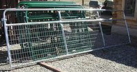Alibaba supplier Galvanized pipe corral fence panels / farm gates for sale