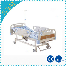 EMB -7 China supplier three function manual medical hospital bed hand operated hospital bed manual bed with abs headboard