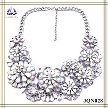 High quality big flower round black and white bead design necklace for women
