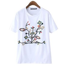 Factory Direct Wholesale T-Shirt Fashion Tops Short Sleeve White Short Sleeve Floral Embroidery Casual Loose T Shirt