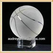 Wholesale custom made crystal basketball with base