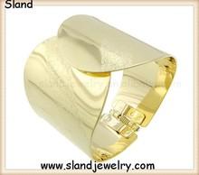 gold arm band, Upper Arm Bracelet/non tarnish hammered modern cuff bracelet, gift under 40