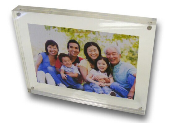 Wholesale clear acrylic picture frame.jpg