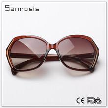 Fancy plastic frame popular vogue polarized sunglasses