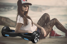 Ayağa 2 tekerlekli elektrikli kendini dengeleme mini sürüklenen chicboard s2 scooter 300w*2 motorlar