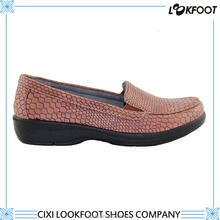 good quality slip resistance light weight shoes for women 2015