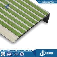Non skid extruded aluminum carborundum infilled stair nosing for vinyl floor