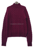 Woman high neck simple pattern pullover sweater