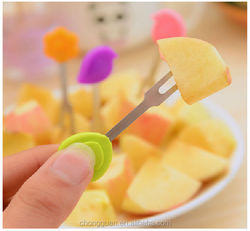 2015 New design silicone fruit fork,convenient food fork