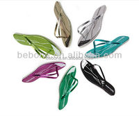 Cheap wholesale EVA Material personalized wedding favors wedding flip flops